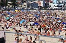 Australia nắng nóng kỷ lục bất thường lên tới gần 50 độ C