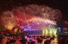 [Video] Người dân Australia thưởng thức pháo hoa trong dịp năm mới