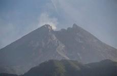 Indonesia: Núi lửa Merapi phun trào đám mây nóng cao trên 1.200m
