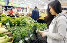 Singapore ấn tượng việc Việt Nam sử dụng lá chuối để gói rau