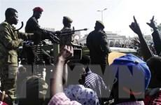 Sudan thành lập hội đồng chuyển tiếp sau khi Tổng thống từ chức