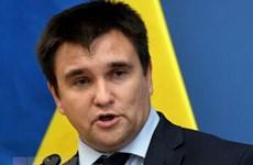 Ukraine chỉ trích Nga đơn giản hóa cấp hộ chiếu cho cư dân miền Đông