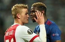 De Ligt và Barcelona bất đồng, MU tranh thủ ''đục nước béo cò''