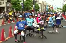 [Video] Cuộc đua ghế văn phòng gây thu hút tại Nhật Bản
