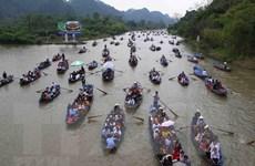 [Video] Lễ hội chùa Hương: Hành trình về miền đất Phật