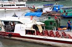 Tàu cá va chạm với tàu khách khiến 3 người bị thương