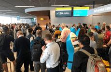 Hà Lan: Hàng nghìn hành khách bị mắc kẹt tại sân bay ở Amsterdam