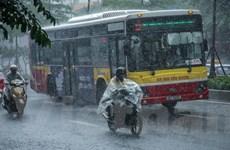 Trong ngày 15/8, Bắc Bộ có thể giảm nhiệt do có mưa dông mở rộng