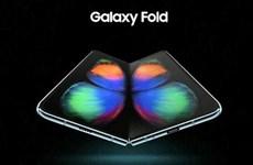 [Video] Cảm quan đầu tiên về mẫu điện thoại gập vừa ra mắt của Samsung