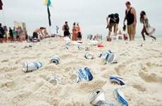EU phát động chiến dịch làm sạch bãi biển trên toàn thế giới