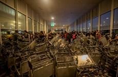 Bạo loạn bùng phát tại Barcelona nhằm phản đối chính quyền Madrid