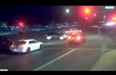 [Video] Bà mẹ và hai con thoát chết thần kỳ sau một tai nạn giao thông