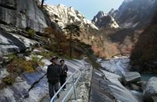 Hàn Quốc xem xét tái khởi động dự án du lịch liên Triều ở núi Kumgang