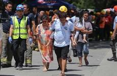 [Video[ Người dân Philippines đi lánh nạn vì động đất