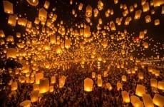 [Video] Thái Lan: Lung linh lễ hội thả đèn trời ở Chiang Mai