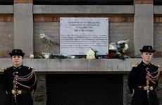 Pháp: Paris tưởng niệm các nạn nhân của tấn công khủng bố năm 2015