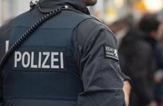 Đức bắt giữ một nghi can trao đổi vật liệu chế tạo bom khủng bố