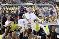[Video] Người dân Thái Lan chào đón Giáo hoàng Francis