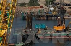 4 công nhân rơi xuống sông khi xây cầu Hòa Bình 2, một người tử vong