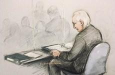 [Video] Nhà sáng lập WikiLeaks Julian Assange ra tòa tại Anh