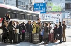Trung Quốc tạm ngừng chương trình miễn thị thực cho du khách Nhật Bản