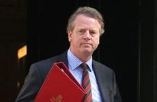 Thêm một thành viên nội các Anh tự cách ly vì nghi nhiễm COVID-19