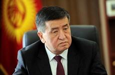 Tổng thống Kyrgyzstan cách chức Phó Thủ tướng và Bộ trưởng Y tế