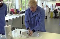 [Video] Thủ tướng Anh Boris Johnson nhập viện sau khi tự cách ly