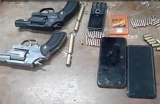 Bắt giữ hai đối tượng dùng súng đe dọa rồi cướp tài sản