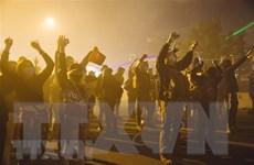 Góc nhìn về bạo lực và cuộc khủng hoảng sắc tộc của nước Mỹ