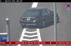 [Video] Truy lùng 2 ôtô nối nhau đi ngược chiều trên cao tốc