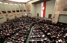 Ba Lan: Liên minh cầm quyền đạt được thỏa thuận tránh sụp đổ