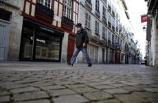 Châu Âu tiếp tục gia tăng các biện pháp chống dịch COVID-19