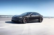 Mỹ nâng cấp cuộc điều tra đối với gần 159.000 xe Tesla