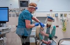 Dịch COVID-19: Thế giới khẩn trương lên kế hoạch tiêm chủng