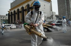 Trung Quốc: Thành phố Bắc Kinh siết chặt hạn chế trước Tết Nguyên đán