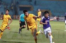 Quang Hải nén đau buồn thi đấu cùng Hà Nội FC dù mới mất người thân