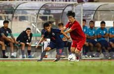 Cận cảnh cầu thủ Thái Lan nhiều lần 'tắt điện' trước Việt Nam