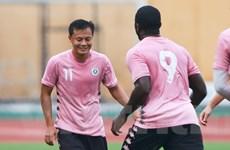 """Tiền vệ Thành Lương và những """"lão tướng"""" ấn tượng tại Hà Nội FC"""