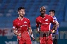 Viettel thắng tối thiểu Hà Tĩnh, đòi lại ngôi đầu bảng V-League 2020