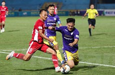 Viettel phong tỏa 'ngòi nổ' Quang Hải thế nào để dẫn đầu V-League?