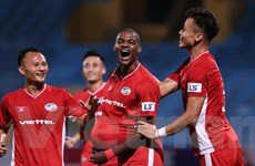 Viettel vô địch V-League 2020: 'Nhà vua' đứng giữa những lằn ranh