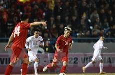 Tuyển Quốc gia thắng ngược U22 Việt Nam sau màn rượt đuổi hấp dẫn