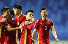 Đội tuyển Việt Nam thắng đậm Indonesia 4-0, vững vàng ngôi đầu bảng G