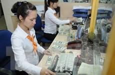 Áp lực tỷ giá: Cá nhân gửi USD tại ngân hàng không được hưởng lãi suất