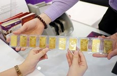 Giá vàng trong nước giảm nhẹ khoảng 50.000 đồng mỗi lượng
