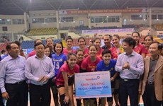 Đội bóng chuyền nữ VietinBank vô địch cúp Hùng Vương 2017