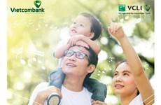 Mua bảo hiểm tích lũy Vietcombank nhận nhiều phần quà hấp dẫn