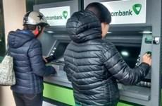 Sử dụng giấy tờ tùy thân giả mạo để mở thẻ ATM có thể bị xử lý hình sự