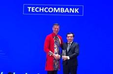 Techcombank dẫn đầu thị trường về doanh số thanh toán qua thẻ Visa